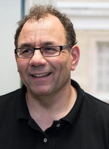 Professor Jonathan Rose (EngSci 8T0, MASc 8T4, PhD 8T6).
