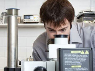 Studying a sample under a spectrograph