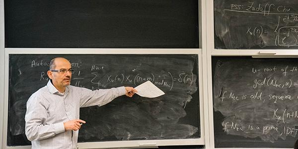 Ivo Maljević lecturing