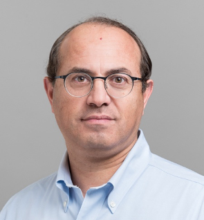 Ofer Levi (ECE) has been named a Fellow of The Optical Society for 2021. (Photo: Ofer Lev)